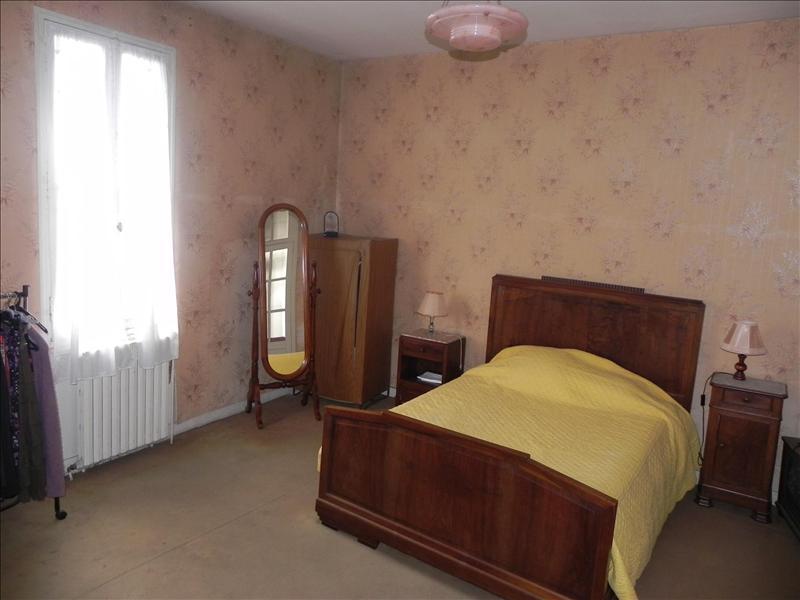 Maison CHALAIS - 7 pièces  -   231 m²