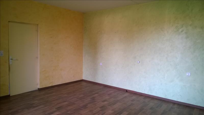 Maison CHALAIS - 3 pièces  -   94 m²