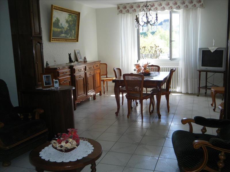 Vente Maison CHALAIS (16210) - 6 pièces - 160 m² -