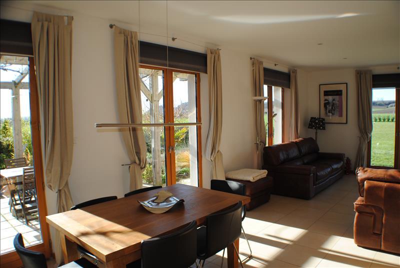Maison BONNES - 5 pièces  -   139 m²