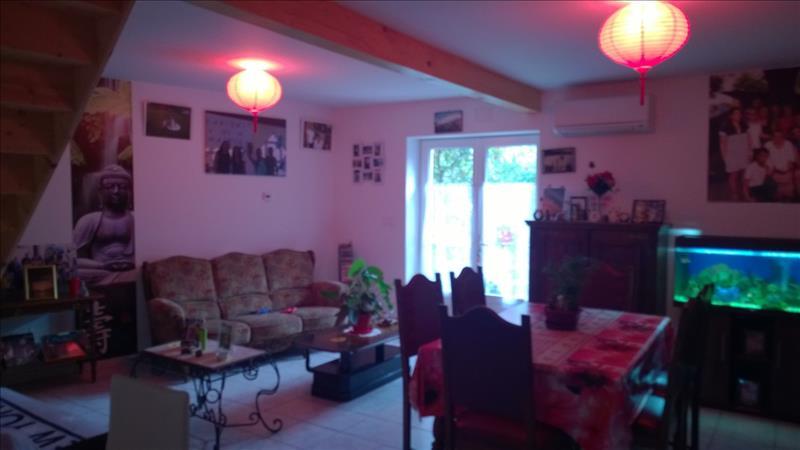 Vente Maison CHALAIS (16210) - 5 pièces - 92 m² -