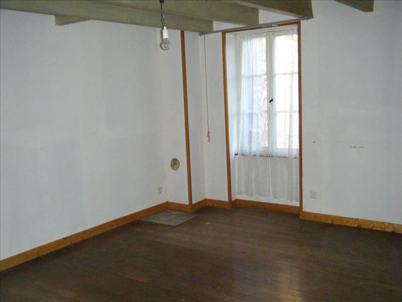 Vente Maison ST VALLIER (16480) - 3 pièces - 105 m² -