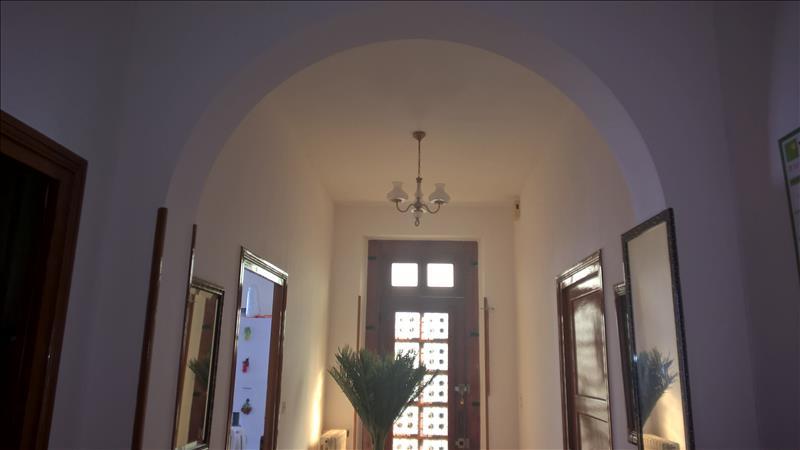 Maison VILLENEUVE SUR LOT - 5 pièces  -   135 m²