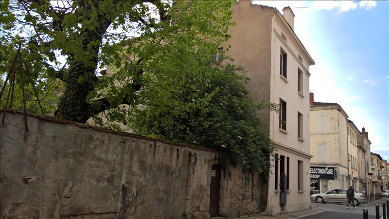 Maison VILLENEUVE SUR LOT - 5 pièces  -   154 m²
