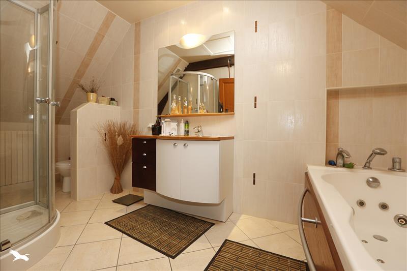 Maison SAVONNIERES - 6 pièces  -   251 m²