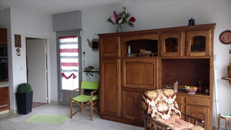 Maison SAVONNIERES - 5 pièces  -   140 m²