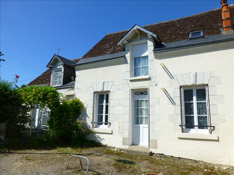 Maison ST MARTIN LE BEAU - 5 pièces  -   100 m²