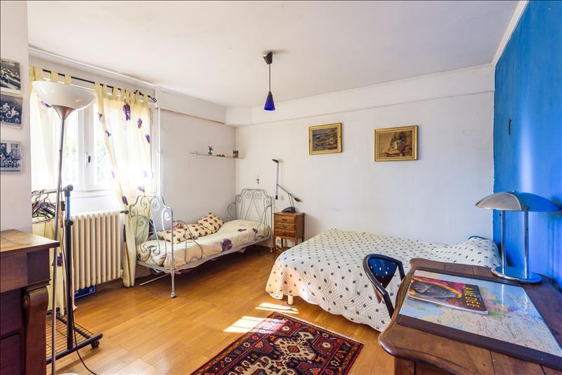 Maison MONTPELLIER - 6 pièces  -   165 m²