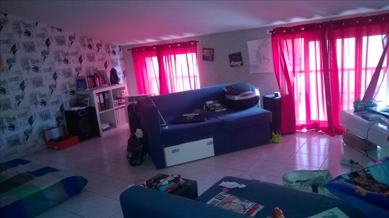 Maison ST THIBERY - 6 pièces  -   172 m²