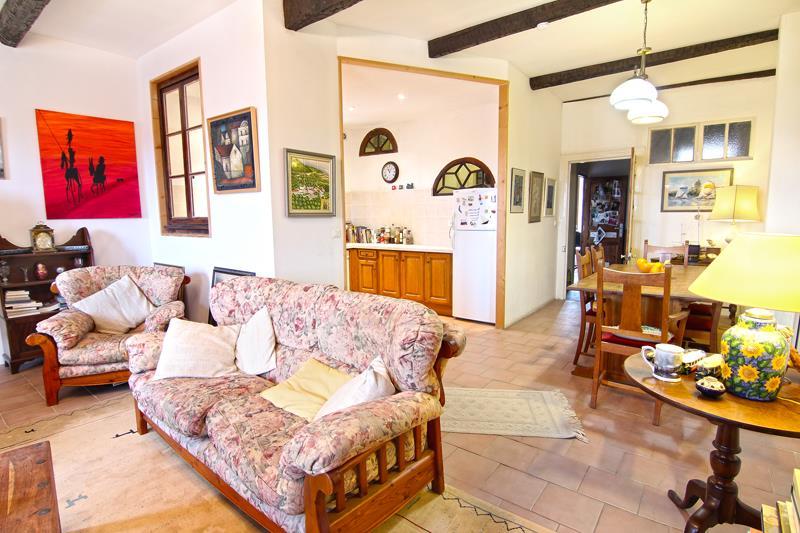 Maison MAGALAS - 6 pièces  -   123 m²