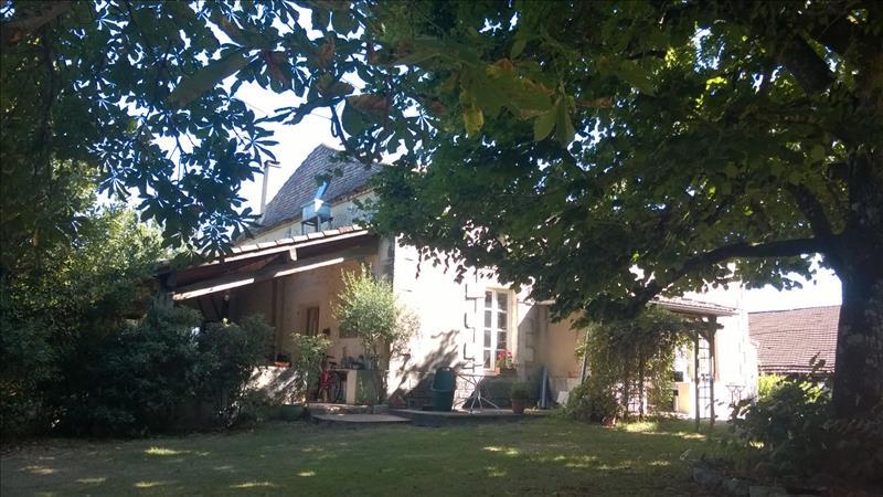 Maison LEVIGNAC DE GUYENNE - (47)