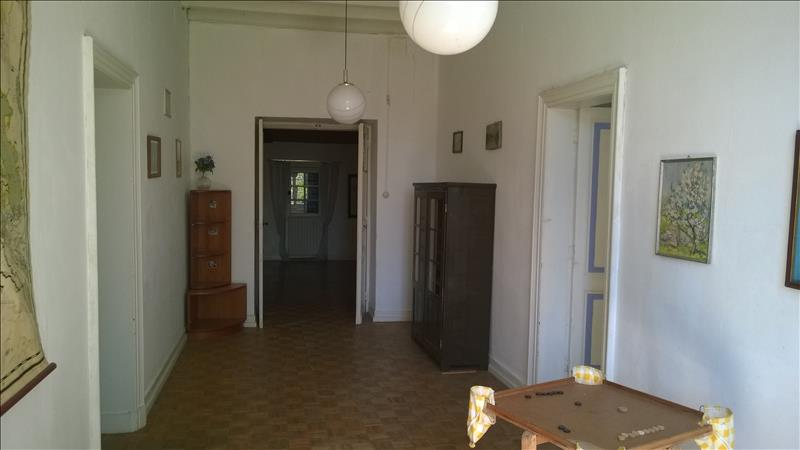 Maison COURS DE MONSEGUR - (33)