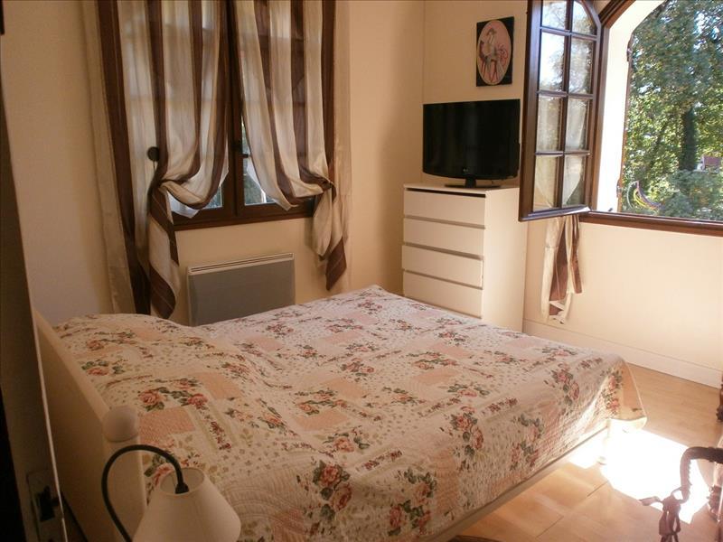 Maison EYMET - 4 pièces  -   126 m²
