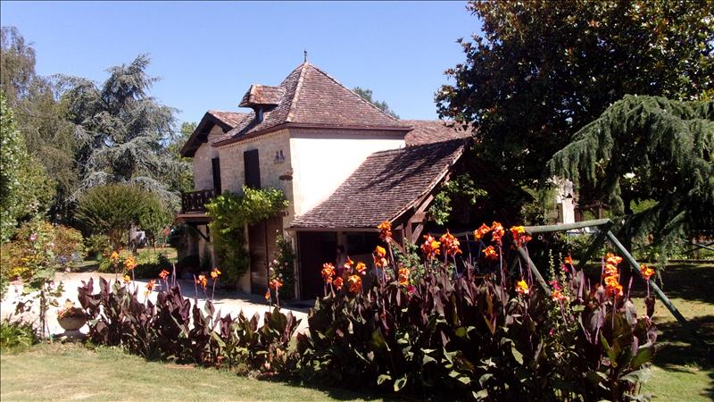 Vente Maison MIRAMONT DE GUYENNE (47800) - 5 pièces 240 m²