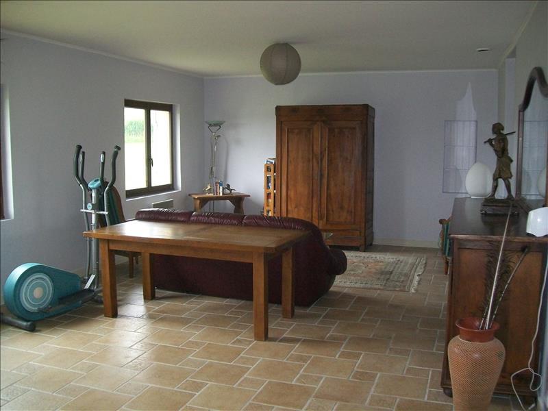 Maison MONBAHUS - 4 pièces  -   210 m²