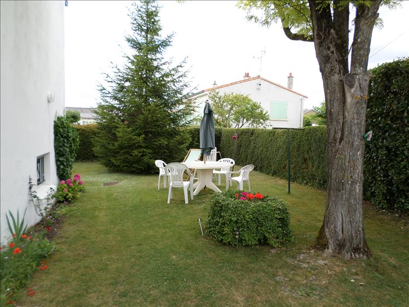 Maison ST JULIEN DE L ESCAP - (17)
