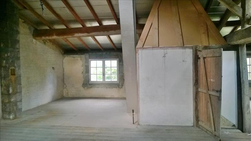 Maison ST JEAN D ANGELY - 6 pièces  -   165 m²