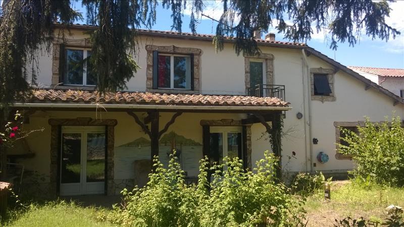 Maison VILLEFRANCHE DU QUEYRAN - 10 pièces  -   254 m²