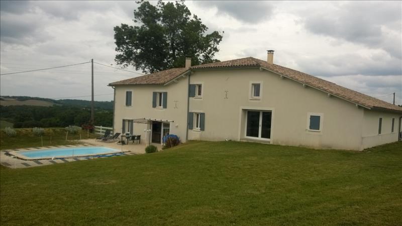Maison ROMESTAING - 10 pièces  -   361 m²