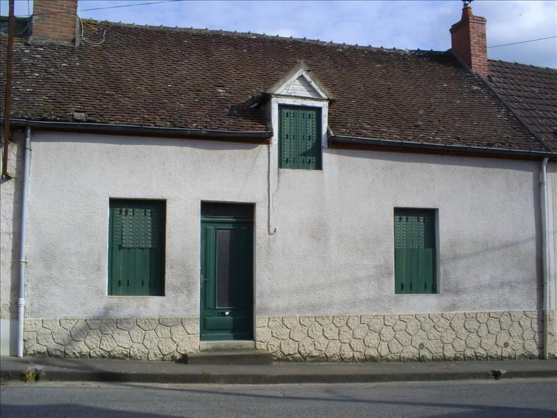 Maison CHATEAUMEILLANT - 4 pièces  -   89 m²