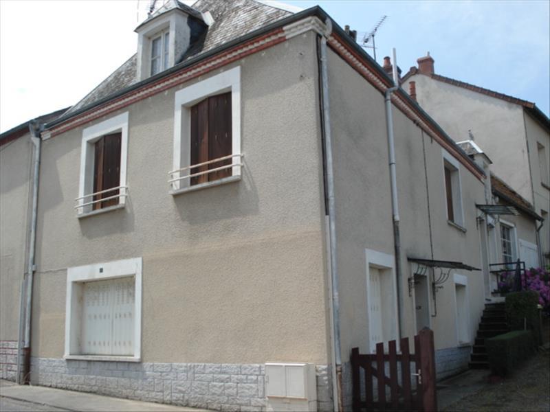 Maison ST SATURNIN - 5 pièces  -   99 m²