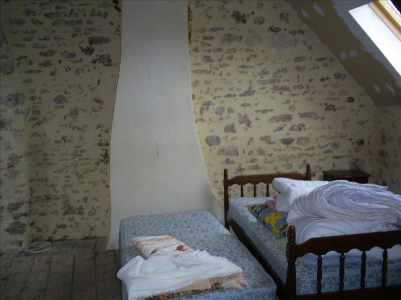 Maison CHATEAUMEILLANT - 2 pièces  -   50 m²