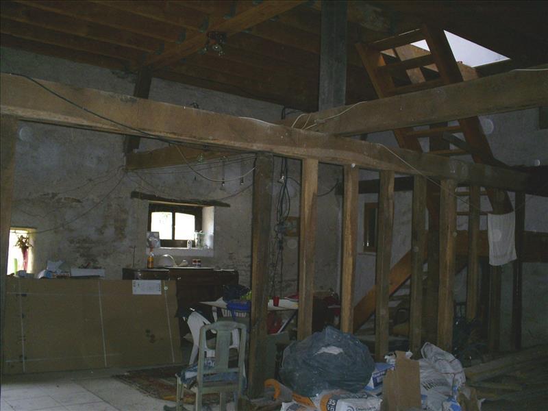 Maison ST PRIEST LA MARCHE - 6 pièces  -   270 m²