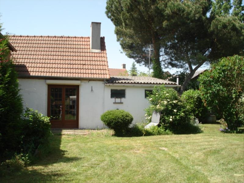 Maison CHATEAUMEILLANT - 4 pièces  -   73 m²