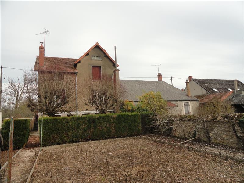 Maison LIGNIERES - 4 pièces  -   110 m²