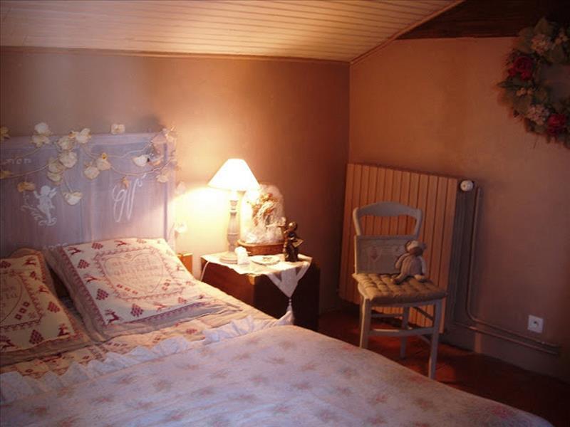 Maison VILLECELIN - 5 pièces  -   119 m²