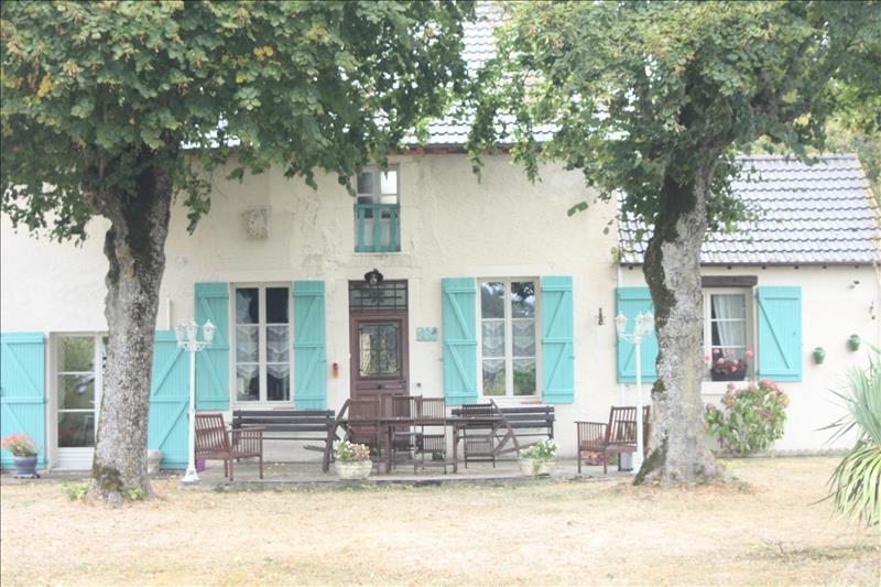 Vente Maison PRUNIERS (36120) - 8 pièces 350 m²