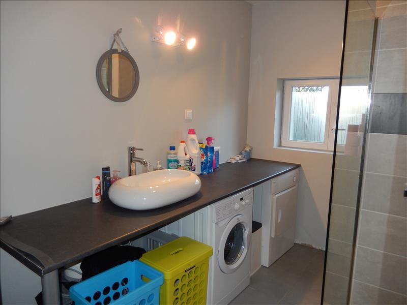 Maison COMMENTRY - 5 pièces  -   150 m²