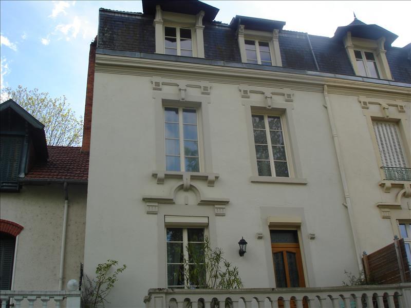 Maison NERIS LES BAINS - 5 pièces  -   150 m²
