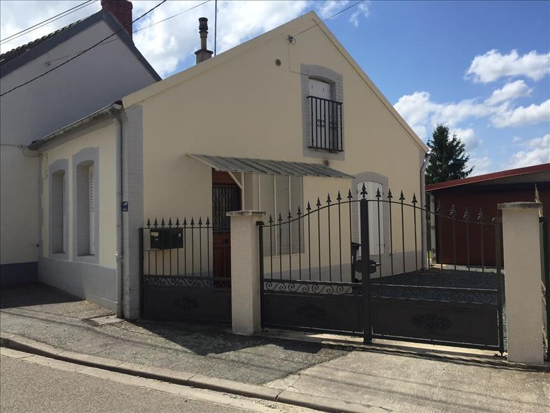 Maison MONTLUCON - 2 pièces  -   38 m²