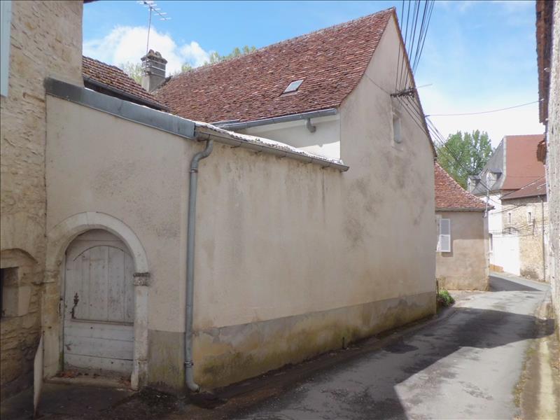 Maison TOURTOIRAC - 3 pièces  -   88 m²