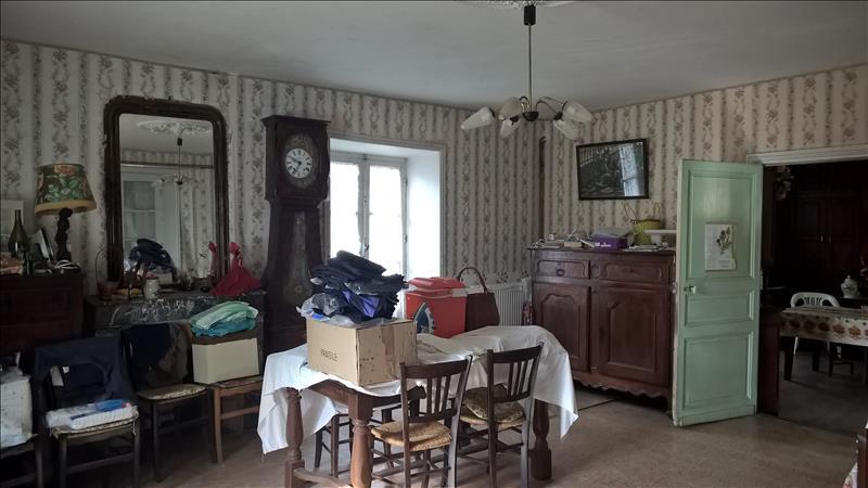 Maison TOURTOIRAC - 4 pièces  -   200 m²
