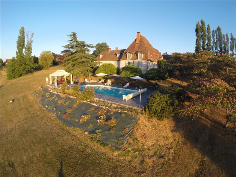 Vente Maison ST RAPHAEL (24160) - 8 pièces 316 m²