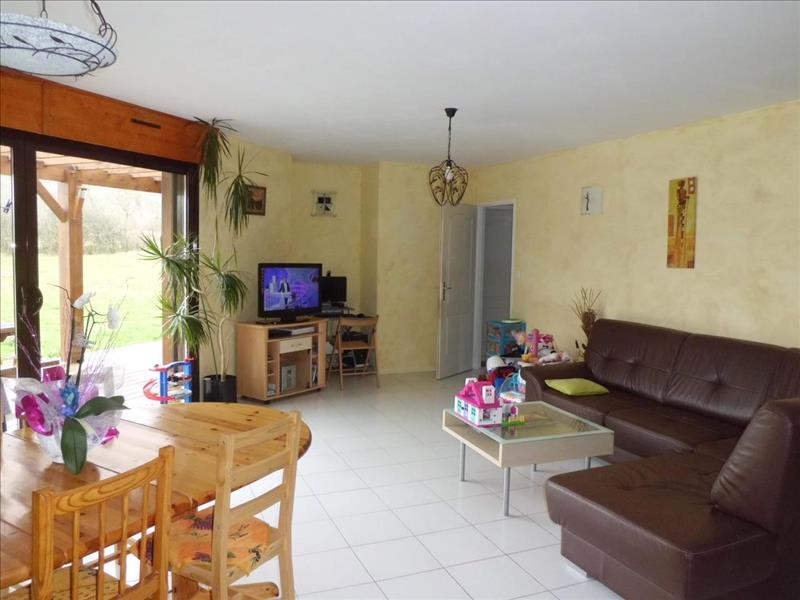 Vente Maison CUBJAC (24640) - 6 pièces - 143 m² -