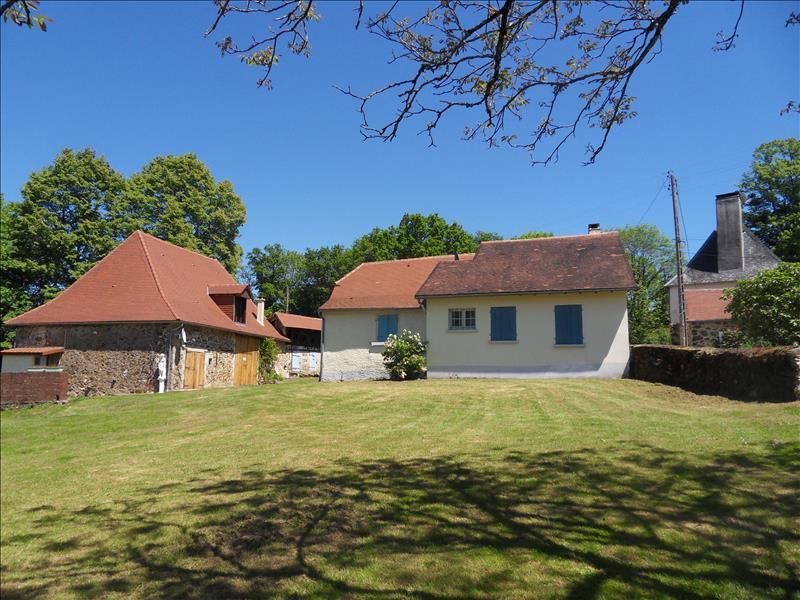 Vente Maison ST MESMIN (24270) - 14 pièces 250 m²