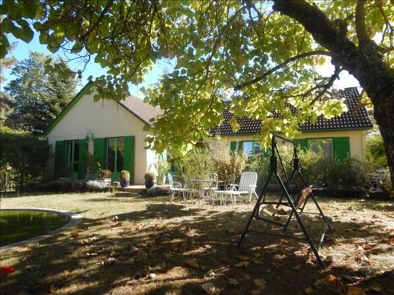 Maison LE BUGUE - 6 pièces  -   115 m²