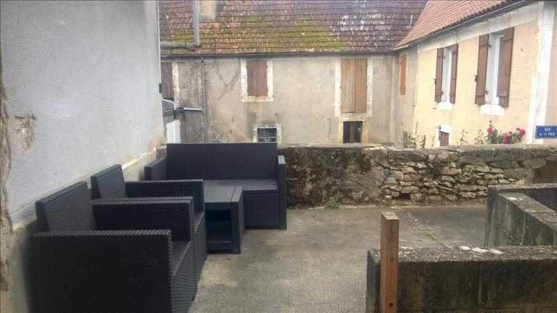 Maison LE BUISSON DE CADOUIN - 7 pièces  -   105 m²