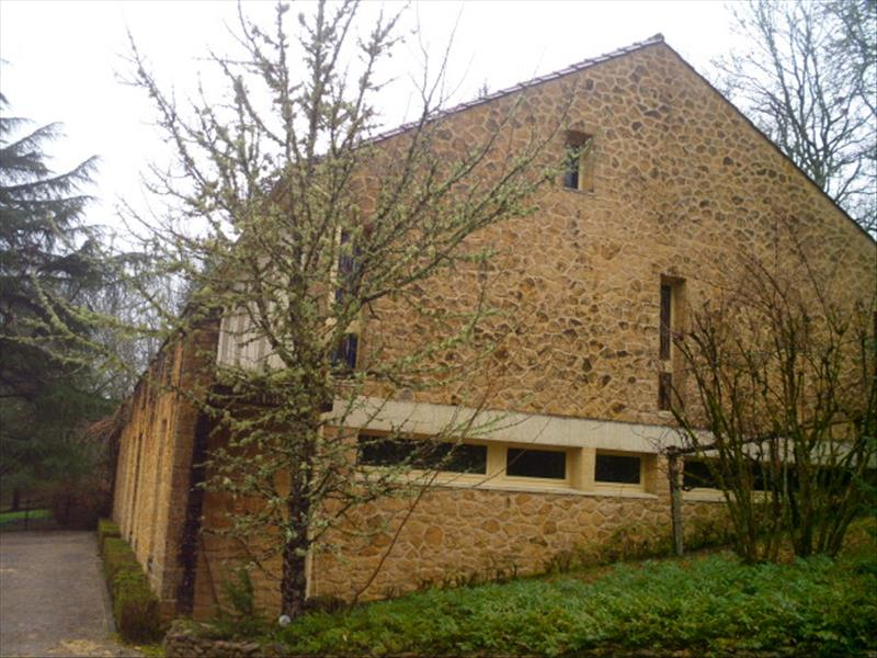 Maison LE BUISSON DE CADOUIN - 7 pièces  -   222 m²