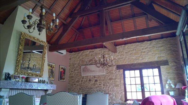 Maison ST CAPRAISE DE LALINDE - 6 pièces  -   170 m²
