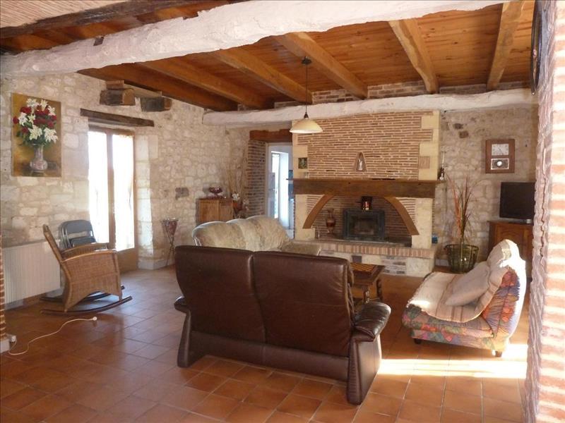 Vente Maison LALINDE (24150) - 5 pièces - 202 m² -