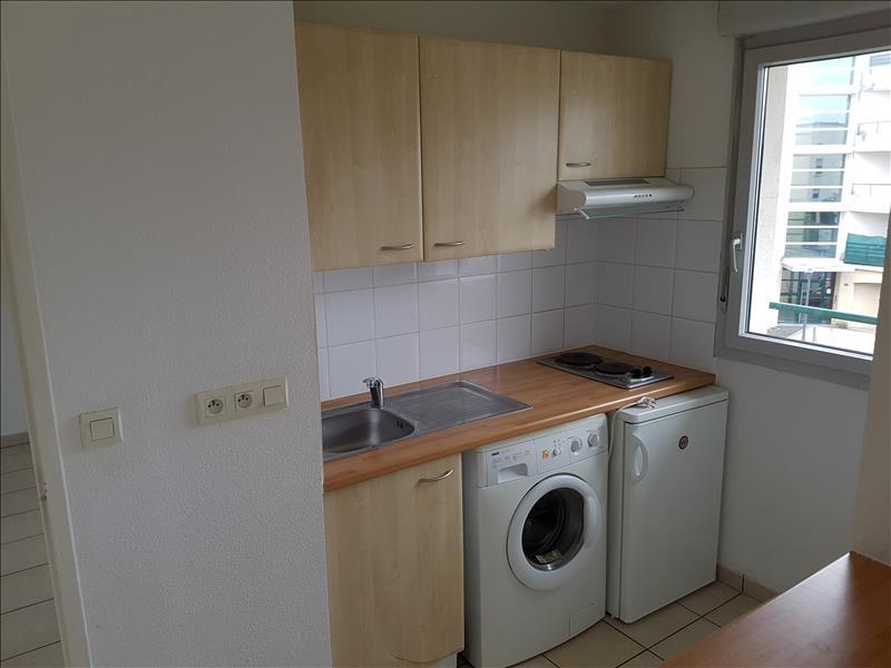 Appartement LA RICHE - 2 pièces  -   41 m²