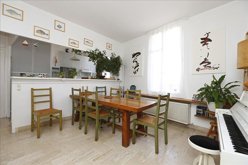 Maison TOURS - 6 pièces  -   172 m²