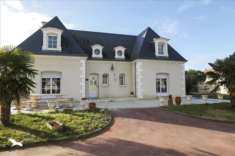 vente maison la riche 37520 6 pi ces 204 m 138 2431 bourse de l 39 immobilier. Black Bedroom Furniture Sets. Home Design Ideas