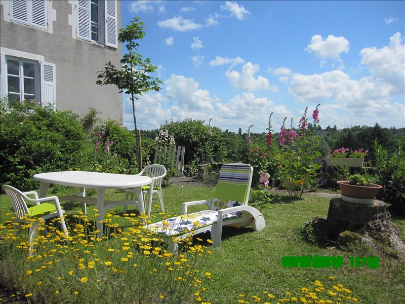 Maison LA CHATRE - 6 pièces  -   176 m²