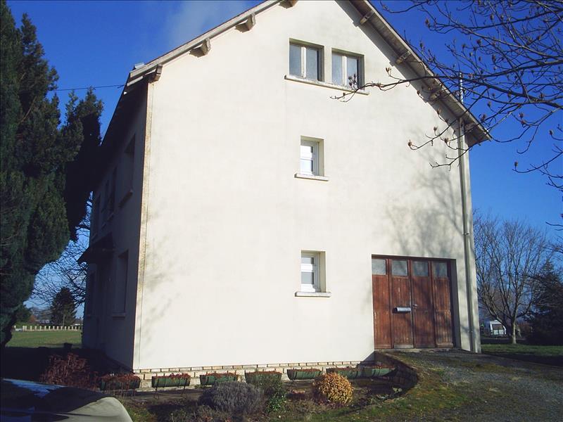 Maison ST DENIS DE JOUHET - (36)