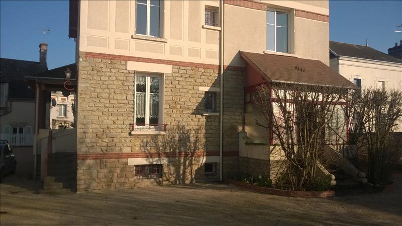 Maison LA CHATRE - 5 pièces  -   197 m²